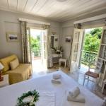 Standard Room - Thimaras Traditional Residences