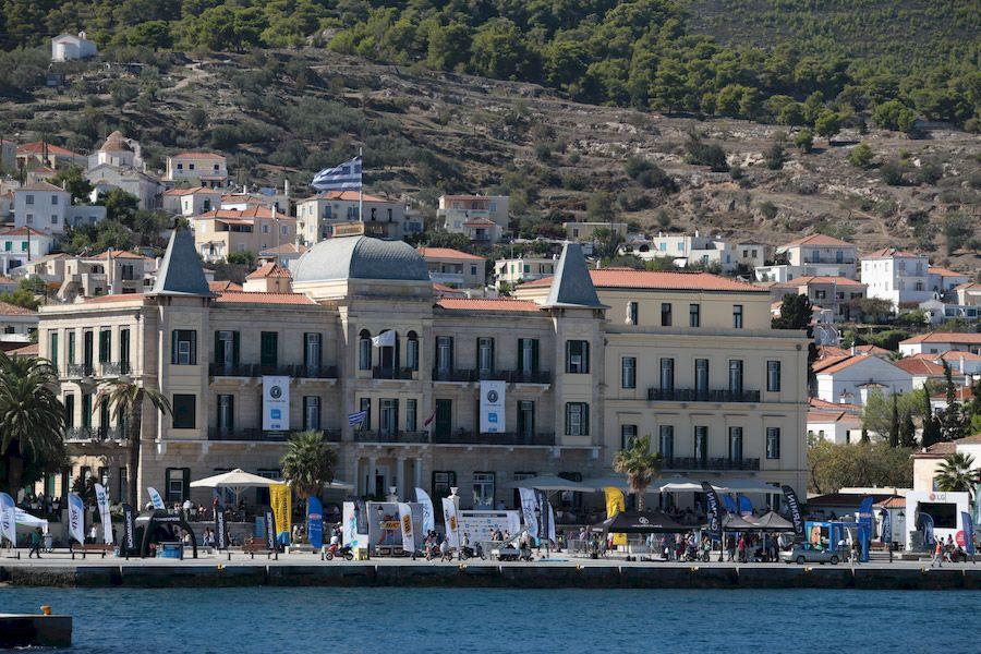 Το Spetses Mini Marathon φέτος για καλό σκοπό